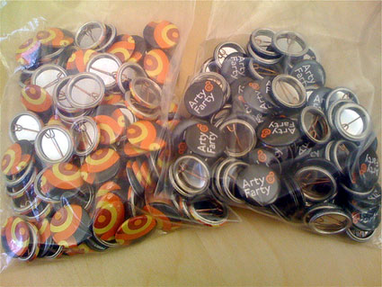 arty farty buttons