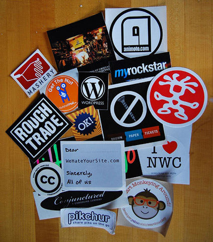 sxsw buttons more
