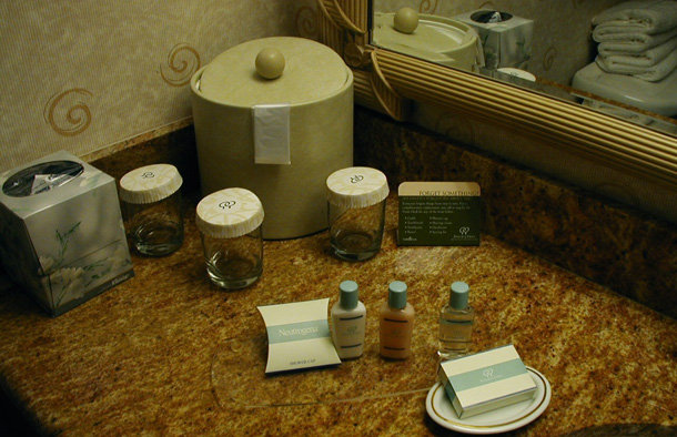 top-10-things-people-steal-from hotels